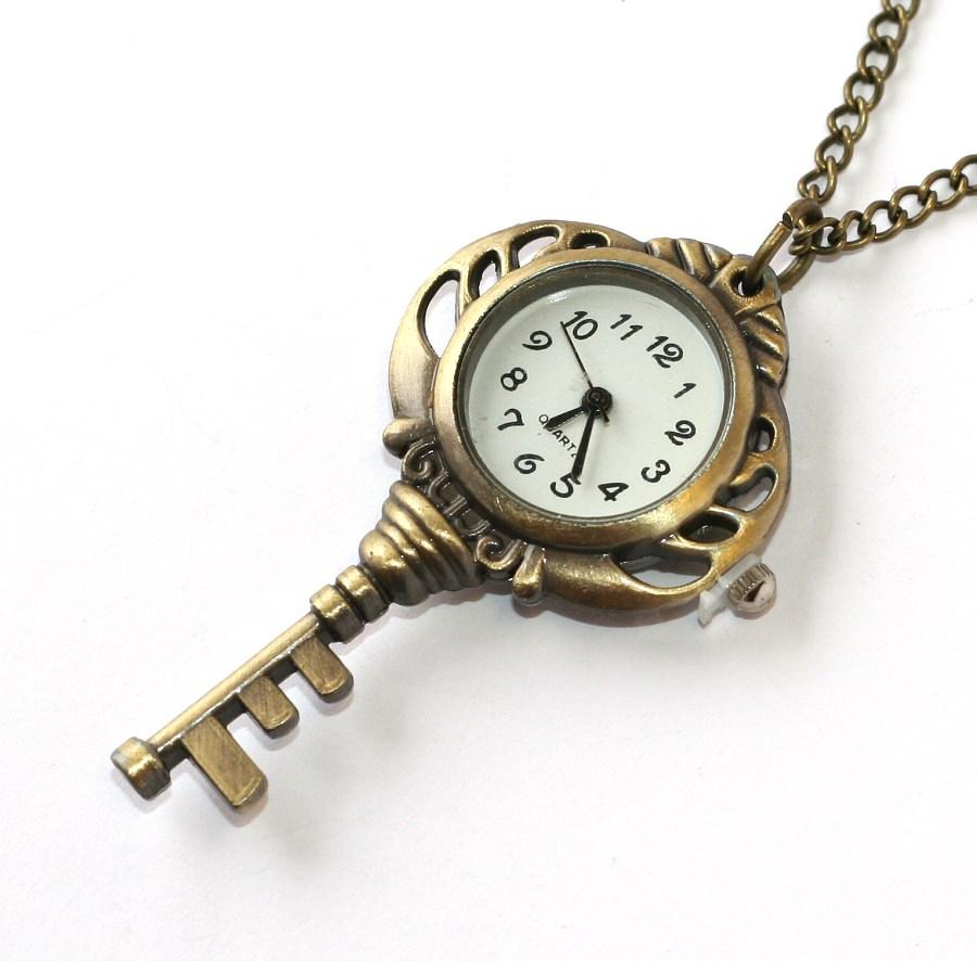 c93ae56db MR kapesní hodinky na řetízku - Retro Klíč ke štěstí 1783 | Krásné ...