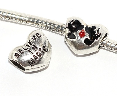 Korálek Fashion Jewerly - Silueta myšek v srdci, Minnie, Mickey, Believe in Magic 2294