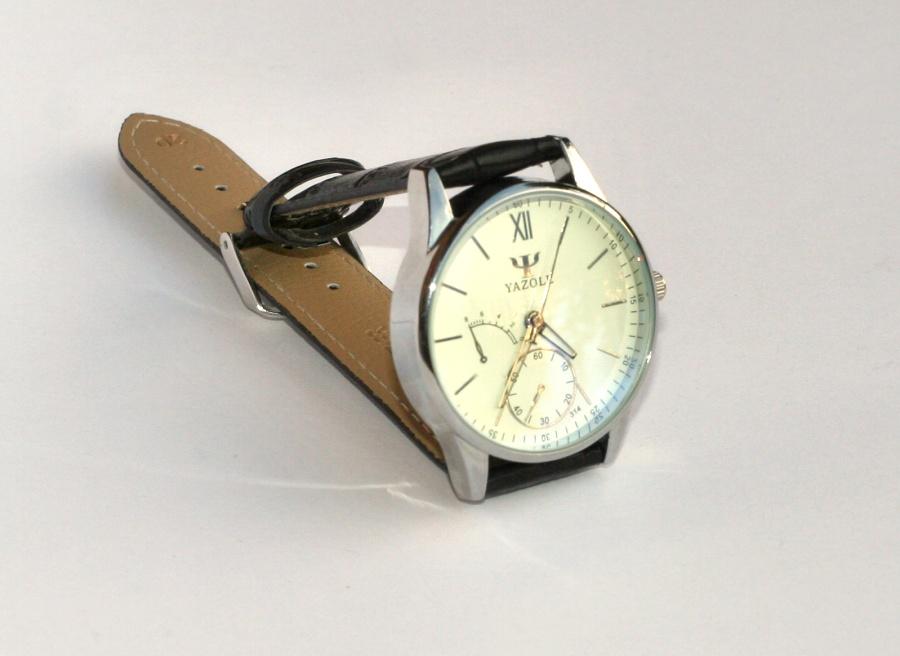 Kompletní specifikace · Ke stažení · Související zboží. Tyto úžasné pánské  hodinky ... feaf889a128